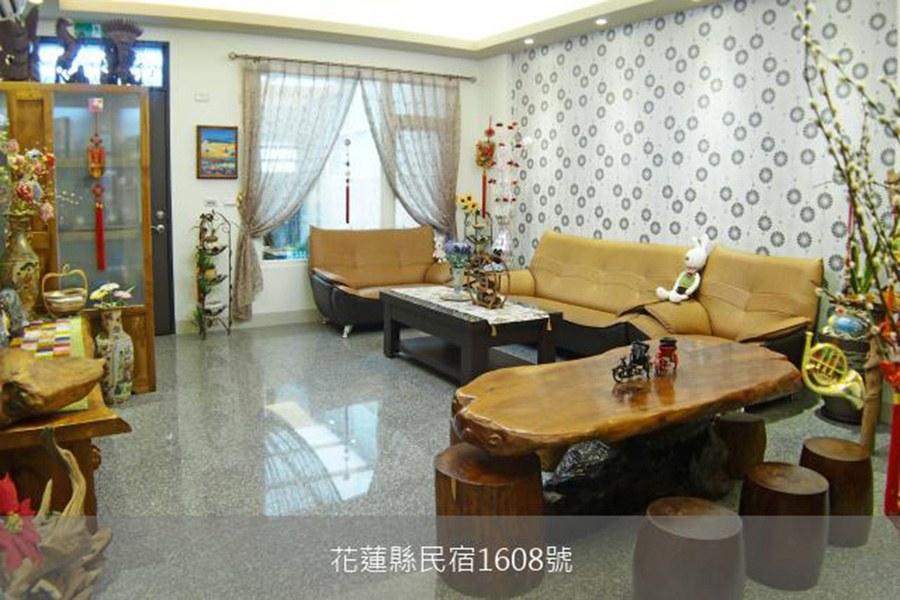 花蓮民宿-皇家溪畔