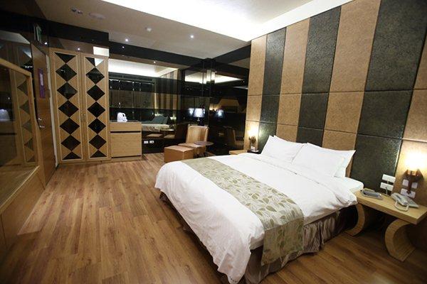 台南汽車旅館-晶綻花園汽車旅館